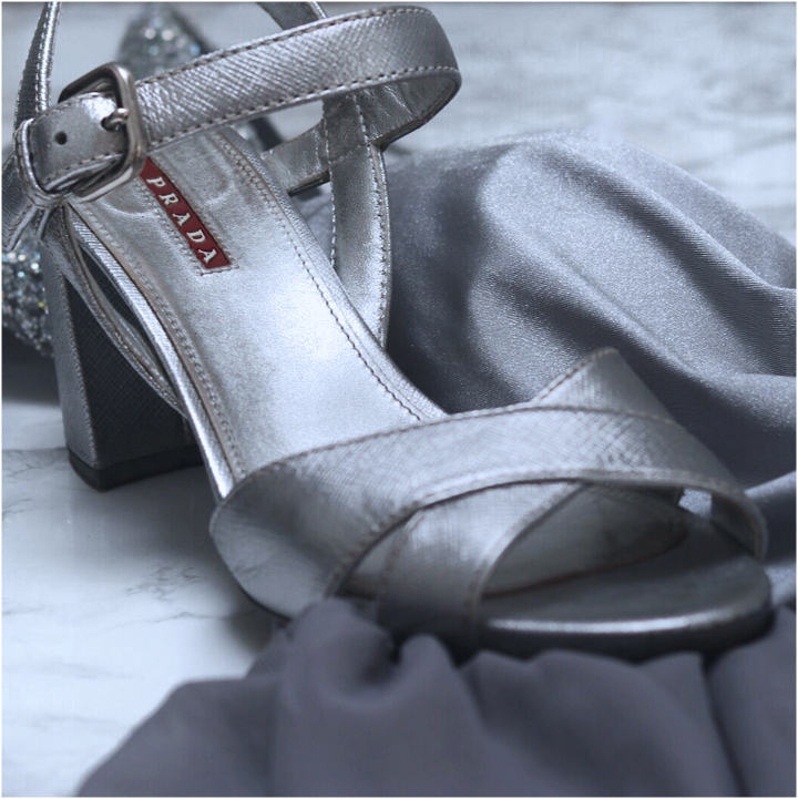 Schuhe zum Kleid
