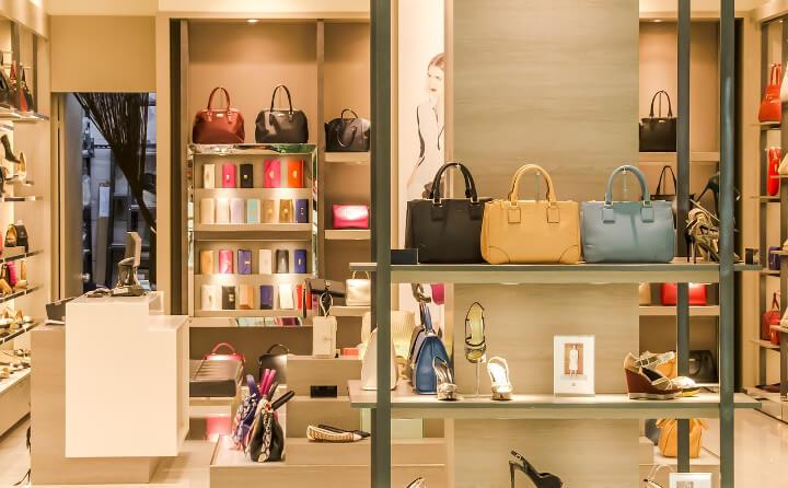 super popular 809f1 276e1 Günstige Klamotten online kaufen: Brandheiße Shopping-Tipps ...